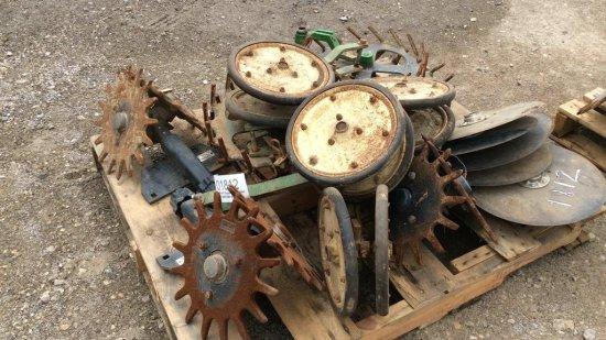 Great Plains closing wheels & disc openers