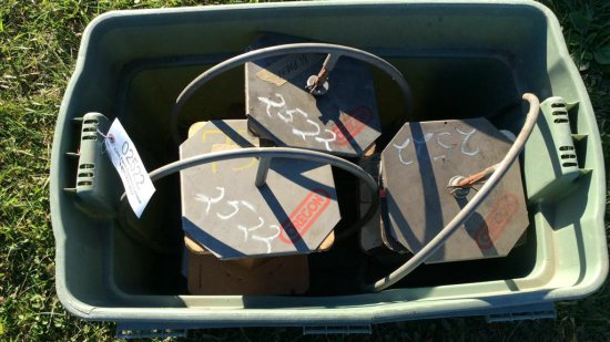 Tote of Saw chain holders