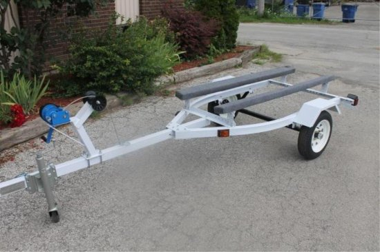 New fast fish deluxe personal watercraft trailer