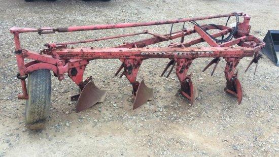 Massey Ferguson 4 Furrow Plow