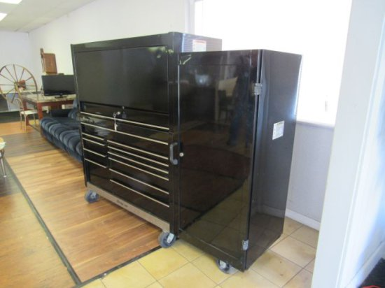 Snap-On Classic Series tool cabinet