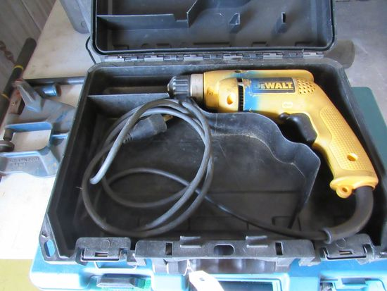 "Dewalt corded 3/8"" drill motor with easy chuck and plastic case works great"