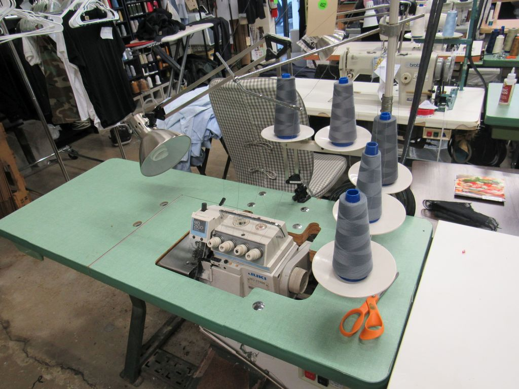 Juki 5 needle Serger model 2500 industrial sewing machine, 110V, single phase, with table, light and