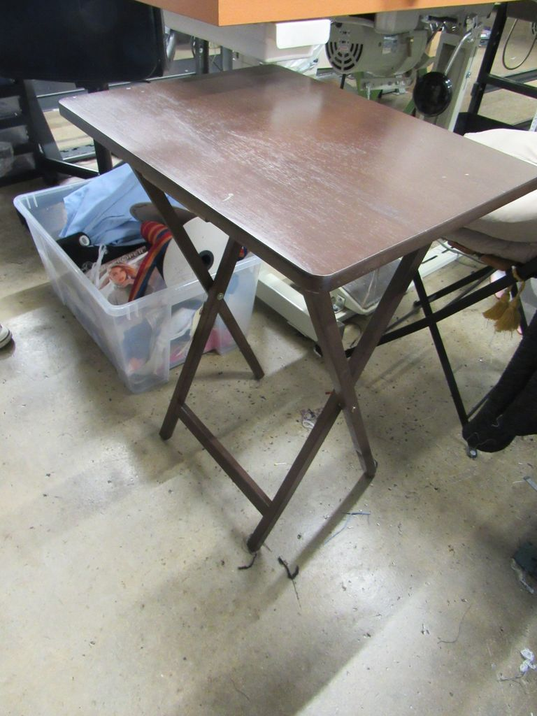 TV tables (4 Brown and 1 Green)