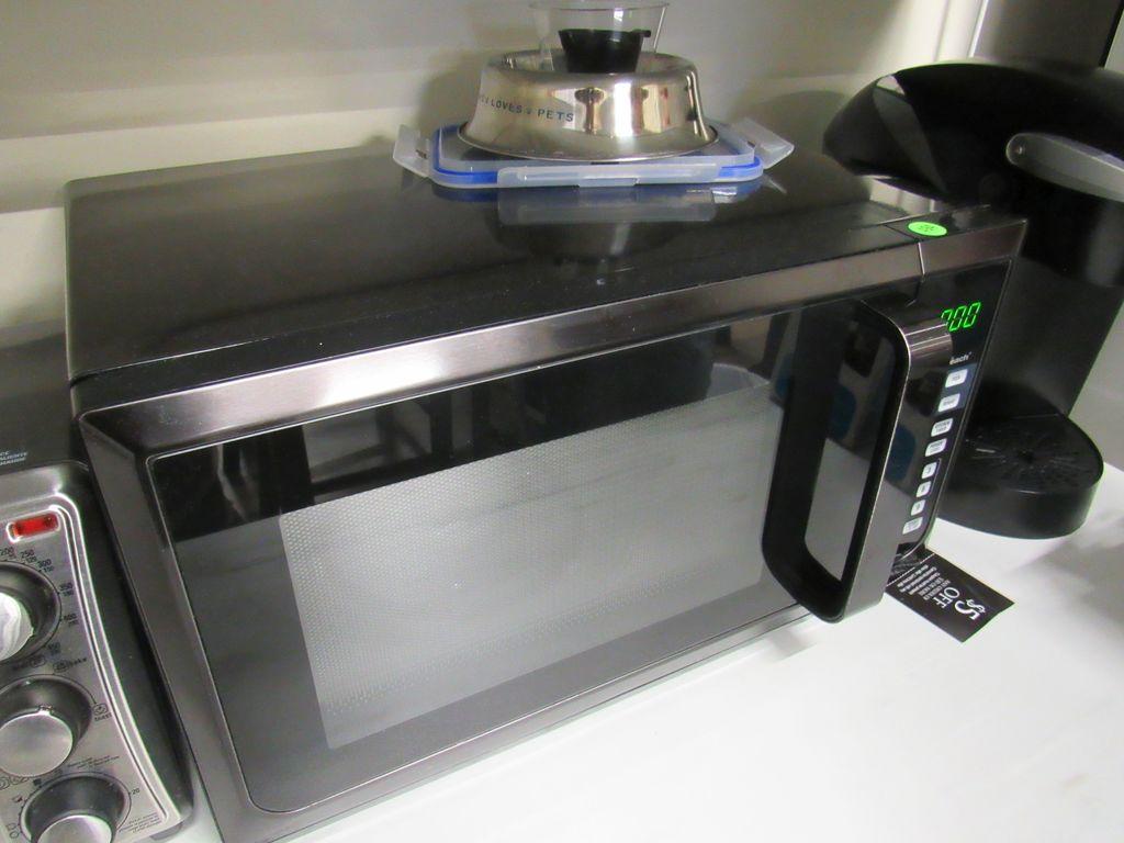 Hamiton Beach Black Microwave