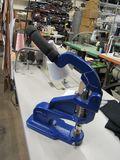 Heavy duty cast iron hand press grommet machine