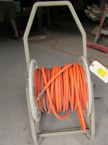 hose reel with 2 air hoses