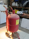 portable sand blasting pot (new blasting nozzle)