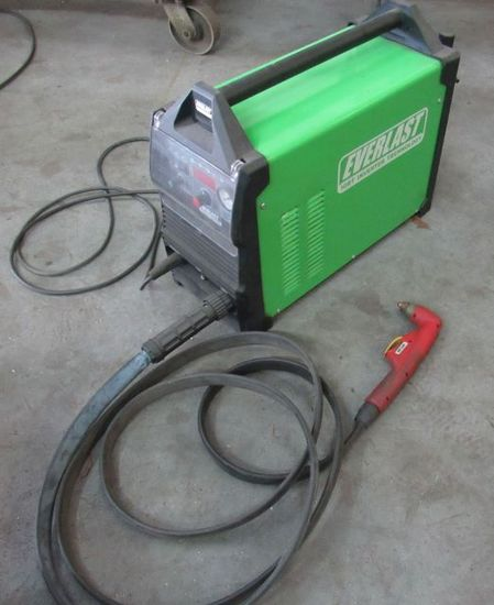 Everlast Power Plasma 80S plasma torch with extra fuses, electodes, 15' whip