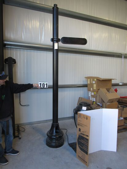 "cast aluminum fluted street light pole with base and street sign holder 10"" high"