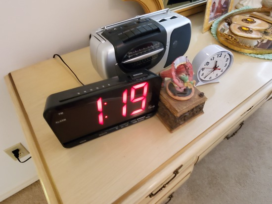 digital clock radio, radio, alarm clock, music box