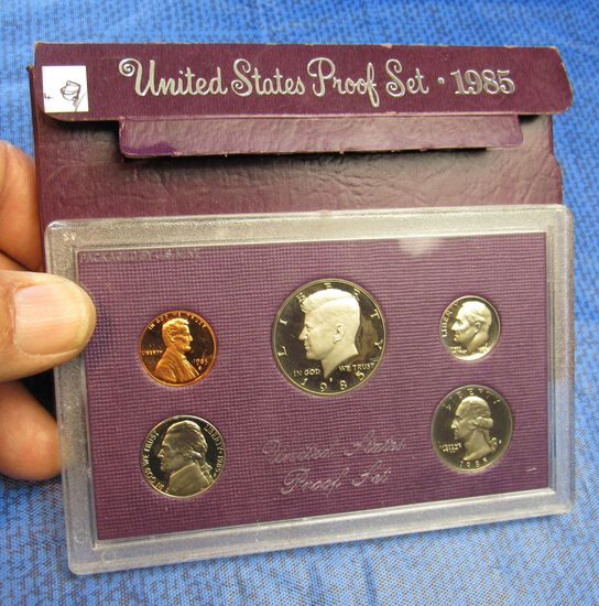 1985 uncirculated US coin proof set