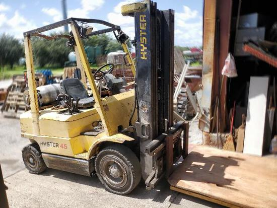 Hyster 45 lpg forklift  3 stage with side shuttle