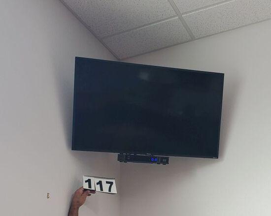 "39"" Hisense color monitors"