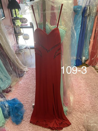 La Femme designer gowns & dresses size 0 & 2 for prom, pageants, homecoming, cocktail parties, & any