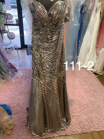 Nina Cannaci designer dresses & gowns size 0 & 2  for proms, pageants & more