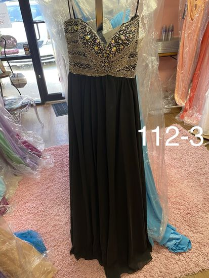 WOW formals size 0 & 2  for prom, pageants, homecoming, cocktail parties, weddings, & more