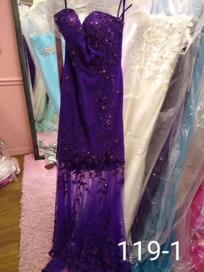 Janique evening gowns size 0 & 2 for prom, weddings, bridal, cocktail parties, balls, & more. Size 0
