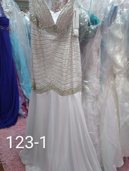 Wow Prom & Pageant. Formal Gowns & Evening Dresses size 2 & 4  for All Occasions.