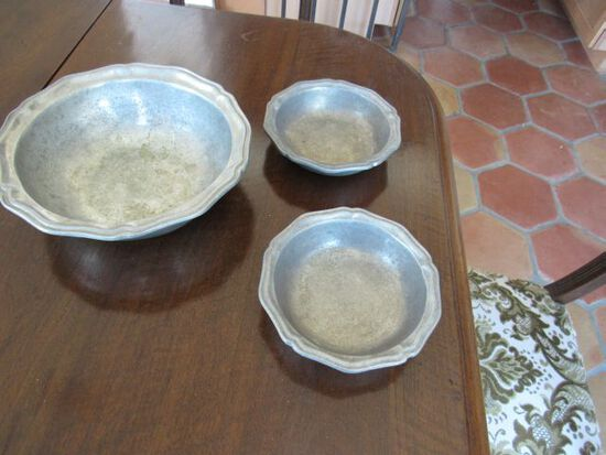 pewter bowl set by Wilton made in Columbia PA USA very old