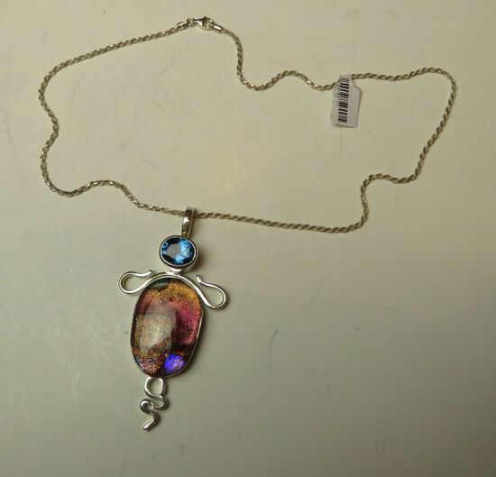 """Dichroic bug in sterling on 18"""" sterling chain"""