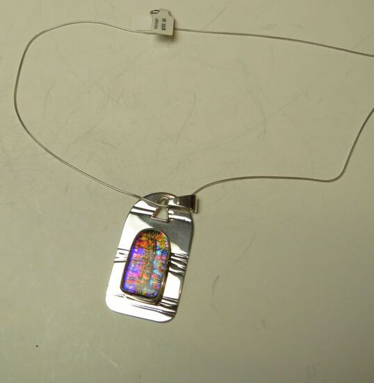"""Sterling frame w/keyhole & dichroic glass on 20"""" sterling chain"""
