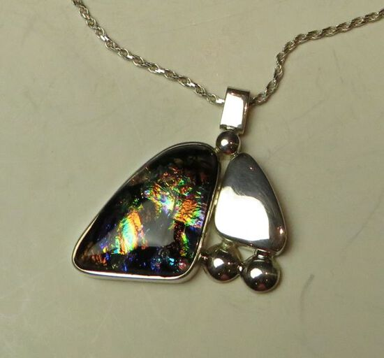 """Dichroic glass w/sterling side design on 20"""" sterling chain"""