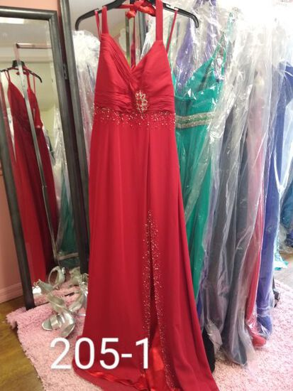 """""""Wow Prom and Pageant Formal Gowns Plus Size, size 18 to 20  for Proms, Pageanst, & Formal Occassion"""