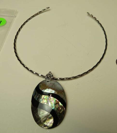 Abalone & onyx pendant on silver coated neck wire