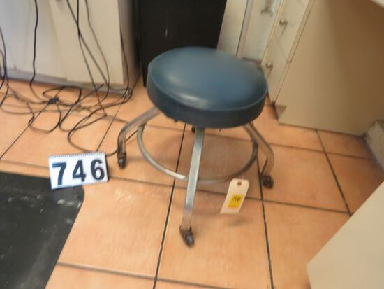 aluminum heavy duty swivel cushion top work stool