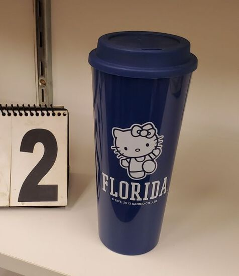 Hello Kitty Florida tumblers with lids in boxes