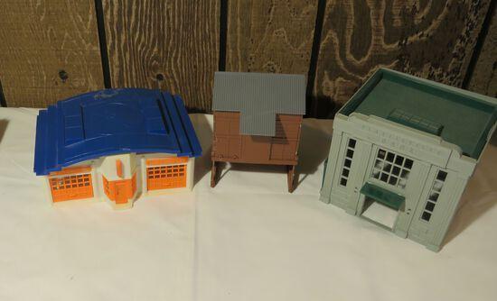Plastic Build Model Bank Coal Drop and Service Station