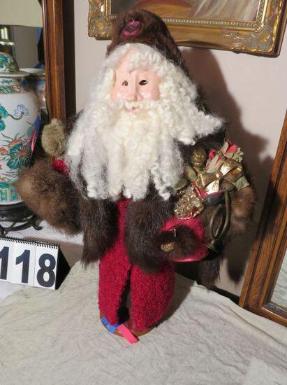 Collageville individually sculptured Santa by artist Mellissa Menzer