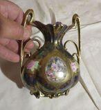 Royal Vienna Germany hand painted ceramic vase  4 1/2