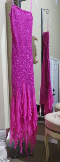 Hand-made, size M 7/8, Scala hot pink beaded dress.  Perfect for any formal event.  Very elegant New