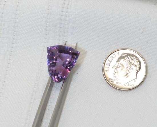 amethyst trillion cut 13.43mm x 15.81mm triangular shape 9.7ct