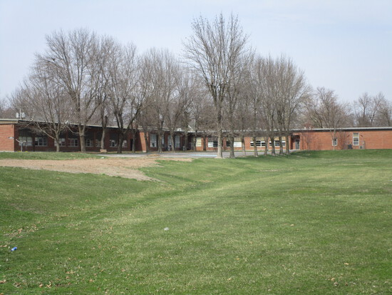School House Building 6 acres 30,000 SQ FT MANSION