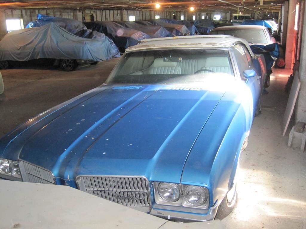 Lot: 1971 Oldsmobile Cutlass Supreme parts   Proxibid Auctions