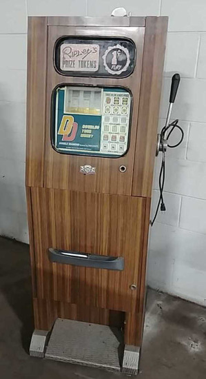 1 cent slot machine floor model