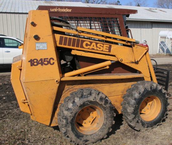 Case 1845C Skid loader w/ enclosed cab