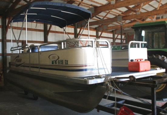 2001 Sylvan Elite 20 ' Pontoon Boat