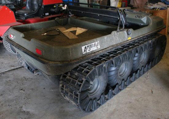 Argo 8.8 Trak Machine w/ front winch