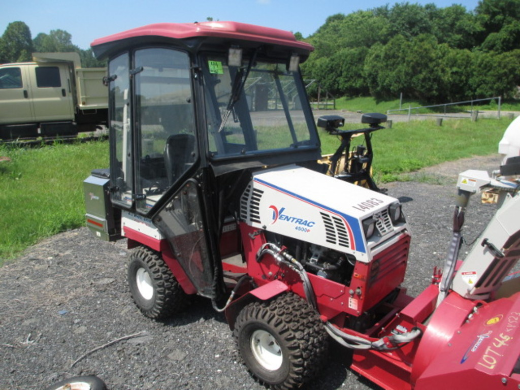 VENTRAC ARTICULATED TRACTOR
