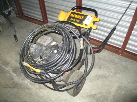 GAS POWER WASHER-DEWALT 3800 PSI-HOND GSX MOTOR W/HOSE AND WAND.-ONE TIRE FLAT
