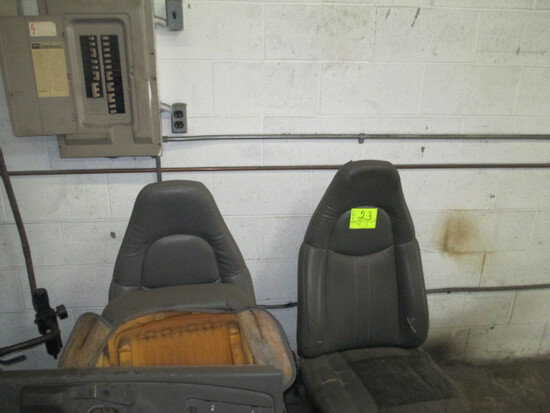 LOT-DOOR PANELS & TRUCK SEATS-APPEAR TO BE CHEVROLET