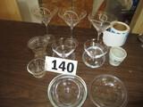 LOT- 10 ASST MARTINI/DRINK GLASSES