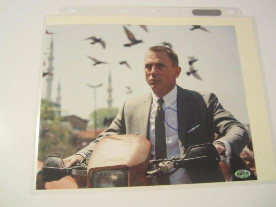 Daniel Craig, Actor JAMES BOND Hand Signed Autographed 8x10 Glossy Photo General Admission Sports Au
