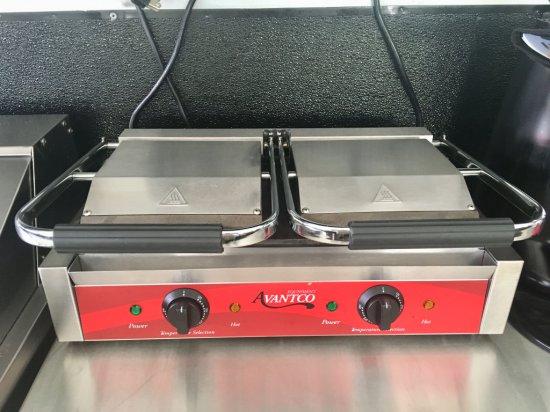 Avantco Double Panni Grill Model P88SG