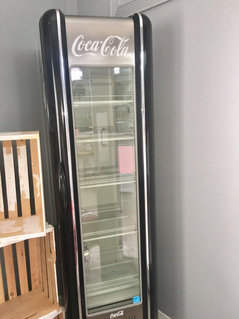 Coke 1 Door Cooler Model FG15027558