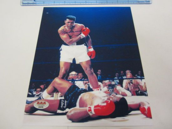 MUHAMMAD ALI Signed Autographed 8x10 Photo Certified CoA